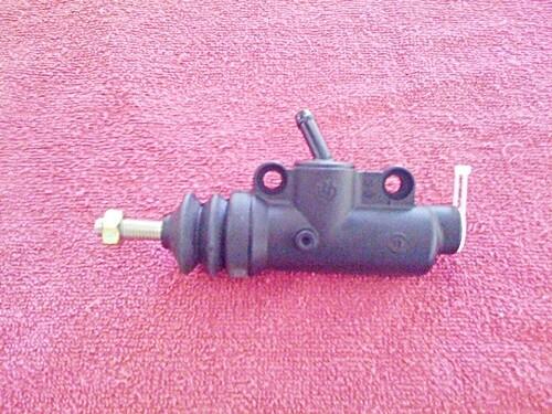 K75; K100 8v Rear brake master cylinder 13mm pre 10/1988 (WD1-T4)