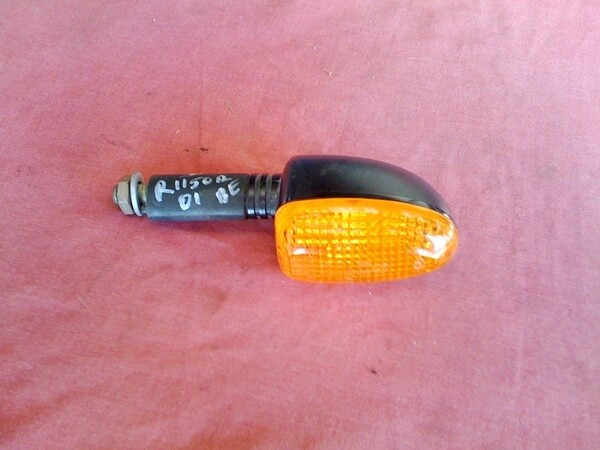 R1150 Front Left Indicator. (1-S15)
