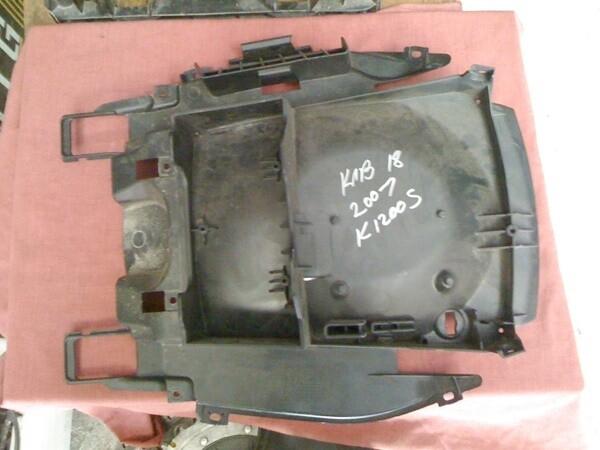 K1200S/K1300S Rear Carrier. (HW-3)