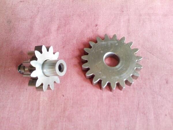 12/19 Oil Water Pump Gear Sets. (T2-S5)