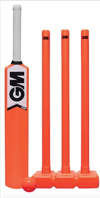 G&M (Orange) Icon all weather plastic stumps set - Size 4