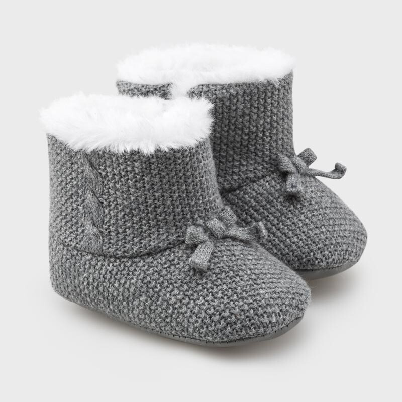 Knit Bootees for Newborn Baby
