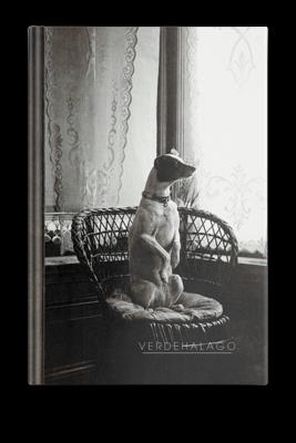 Libreta Perro victoriano