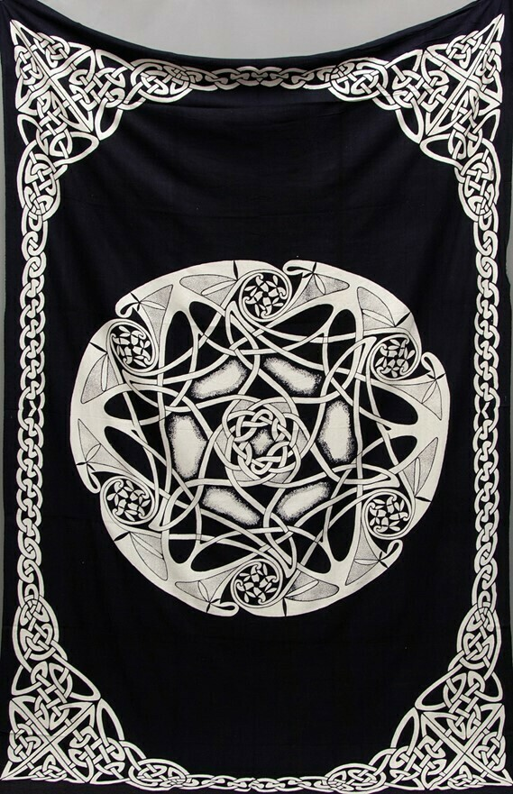 Heavyweight Celtic Print Tapestry