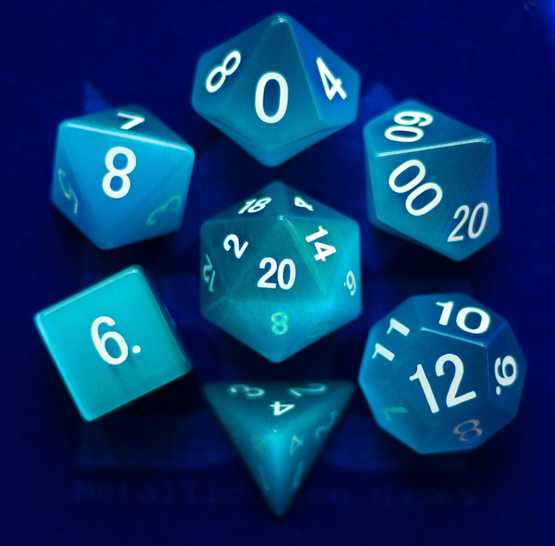 Cat's Eye Aquamarine: Full-Sized 16mm Polyhedral Set