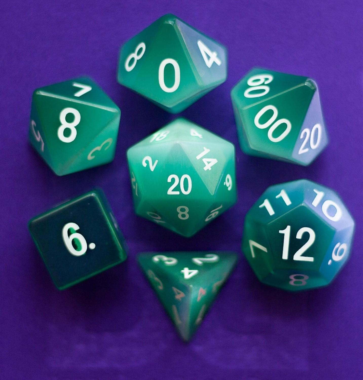 Cat's Eye Mint Green: Full-Sized 16mm Polyhedral Dice Set