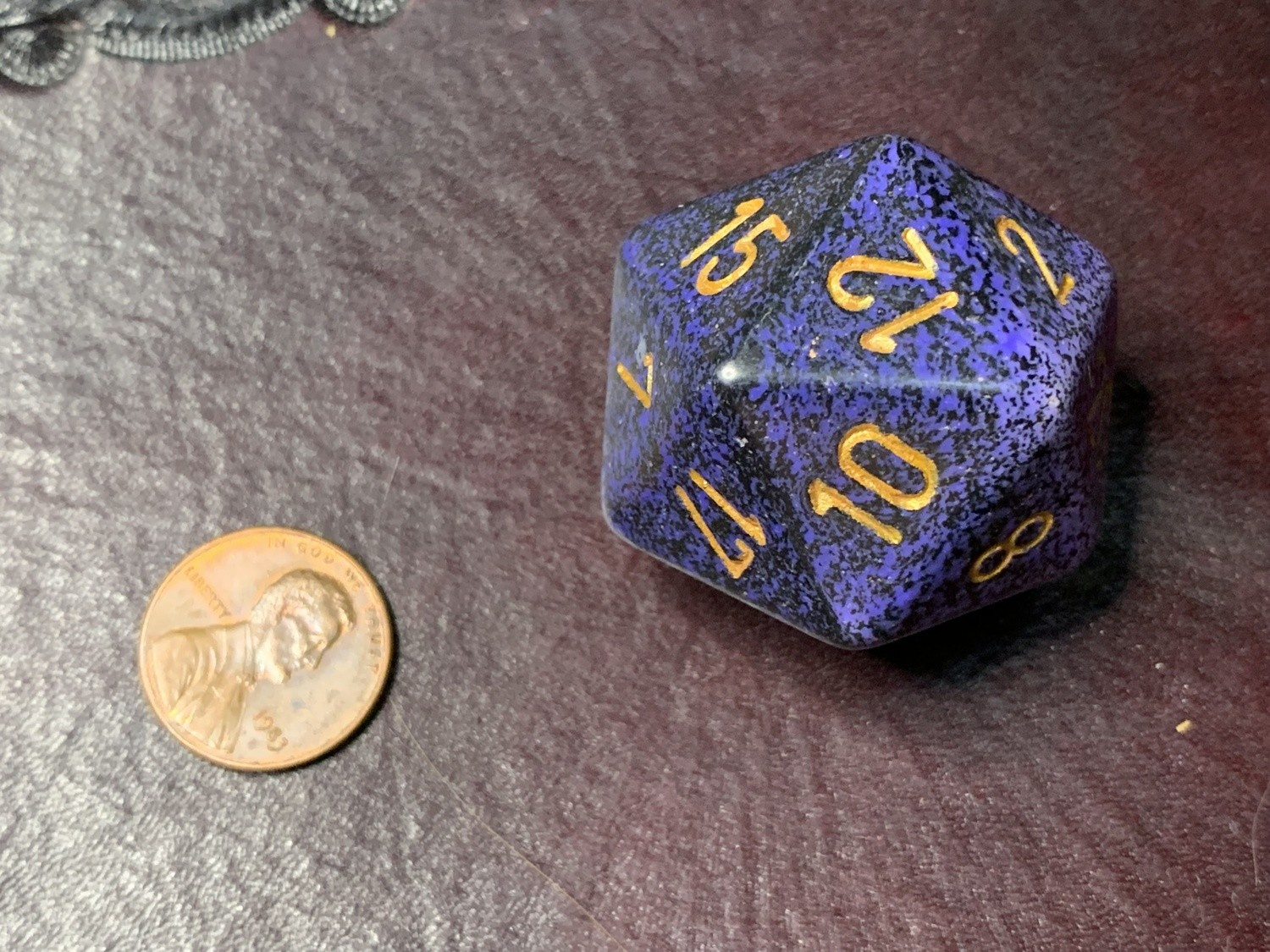 Jumbo 34mm Speckled D20 Black & Purple with Gold Extra Large Counter Dice