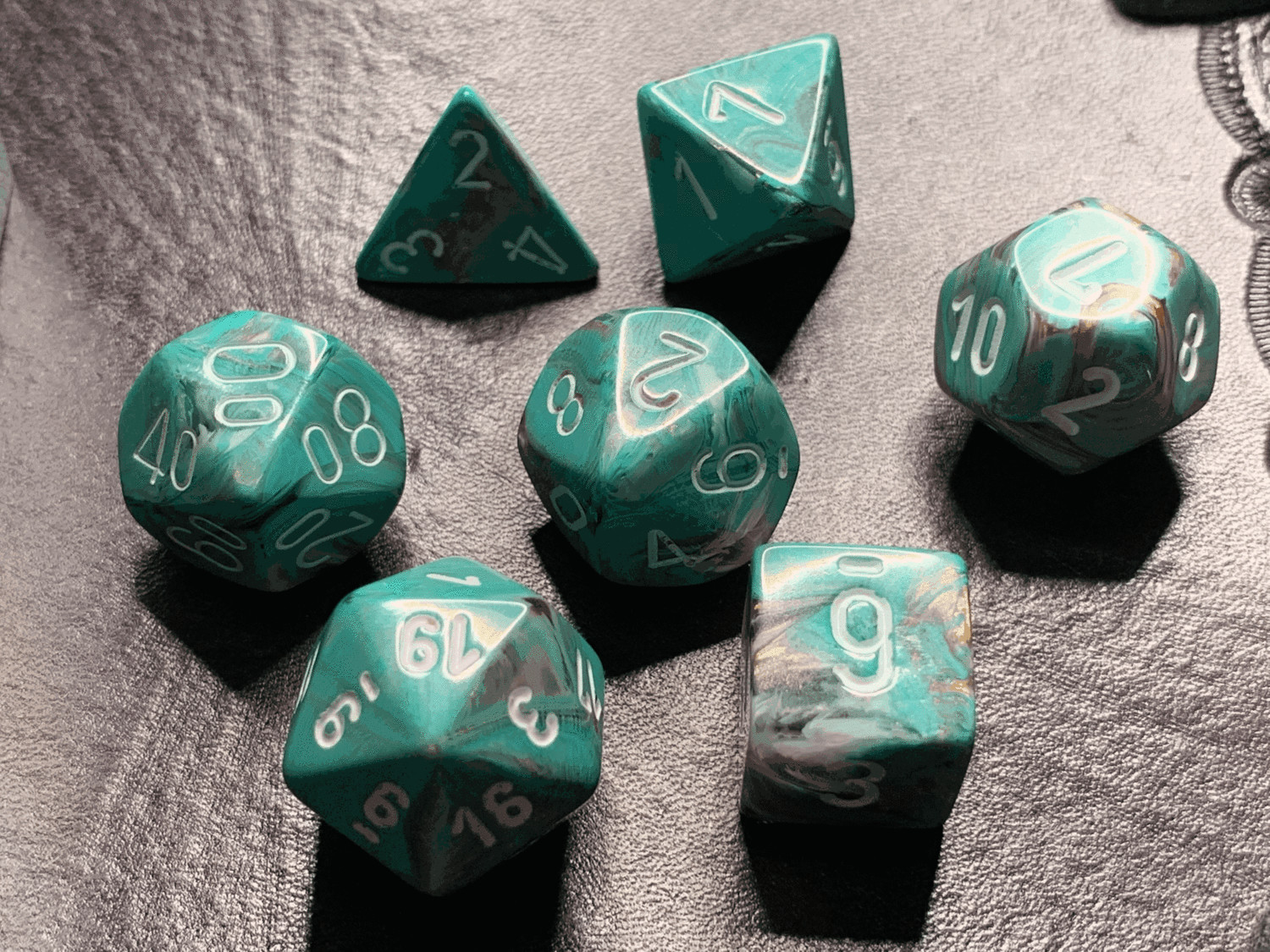 7 Die Polyhedral Dice Set - Marble Oxi-Copper with White