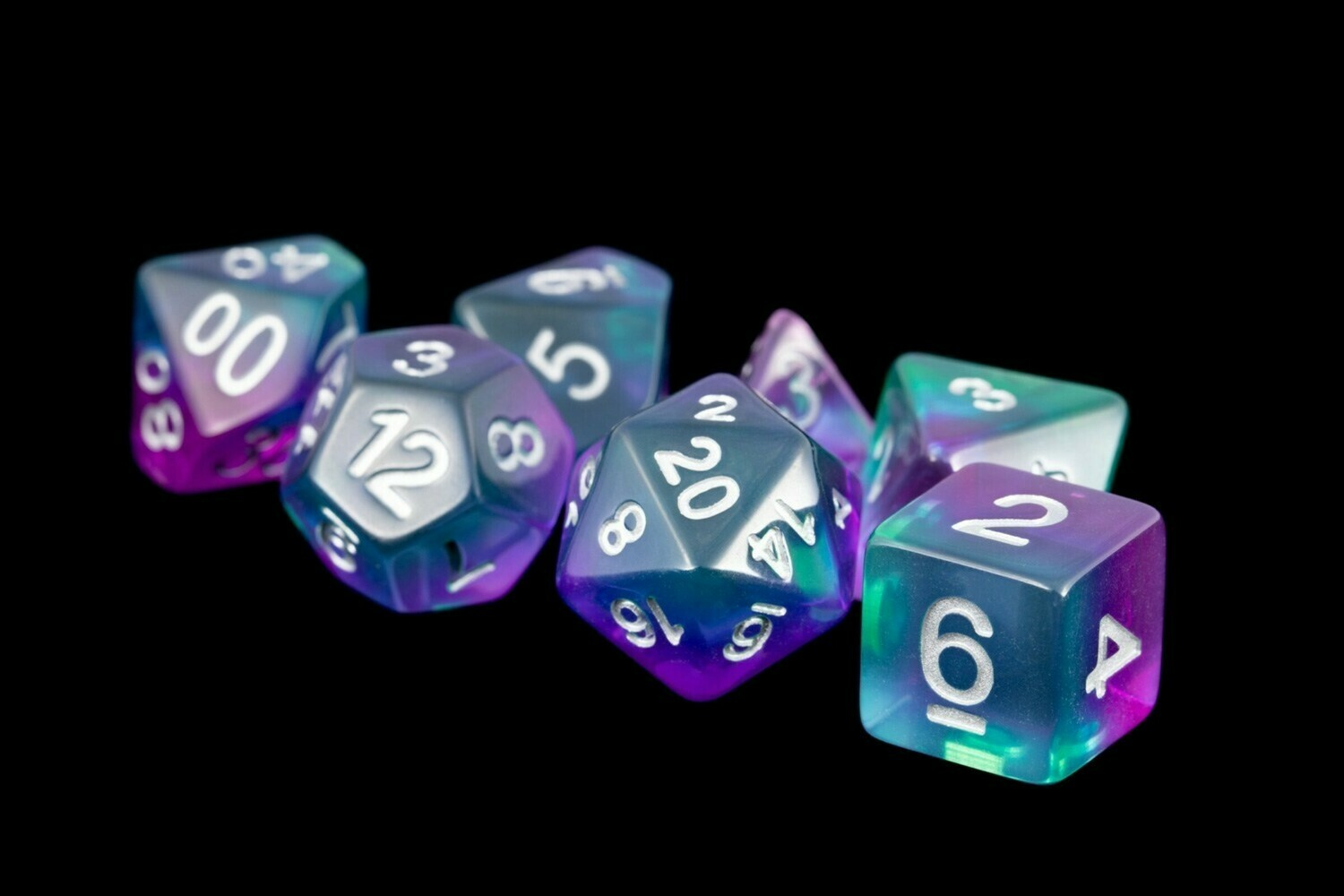 Blue Aurora 16mm Resin Poly Dice Set
