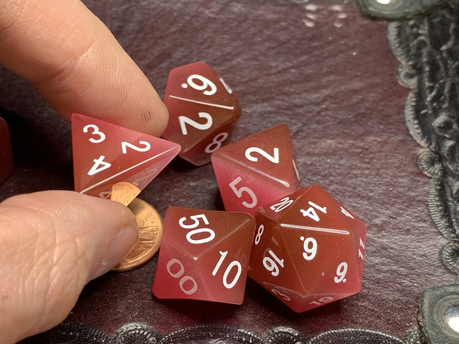 Cat's Eye Pink: Full-Sized 16mm Polyhedral Dice Set