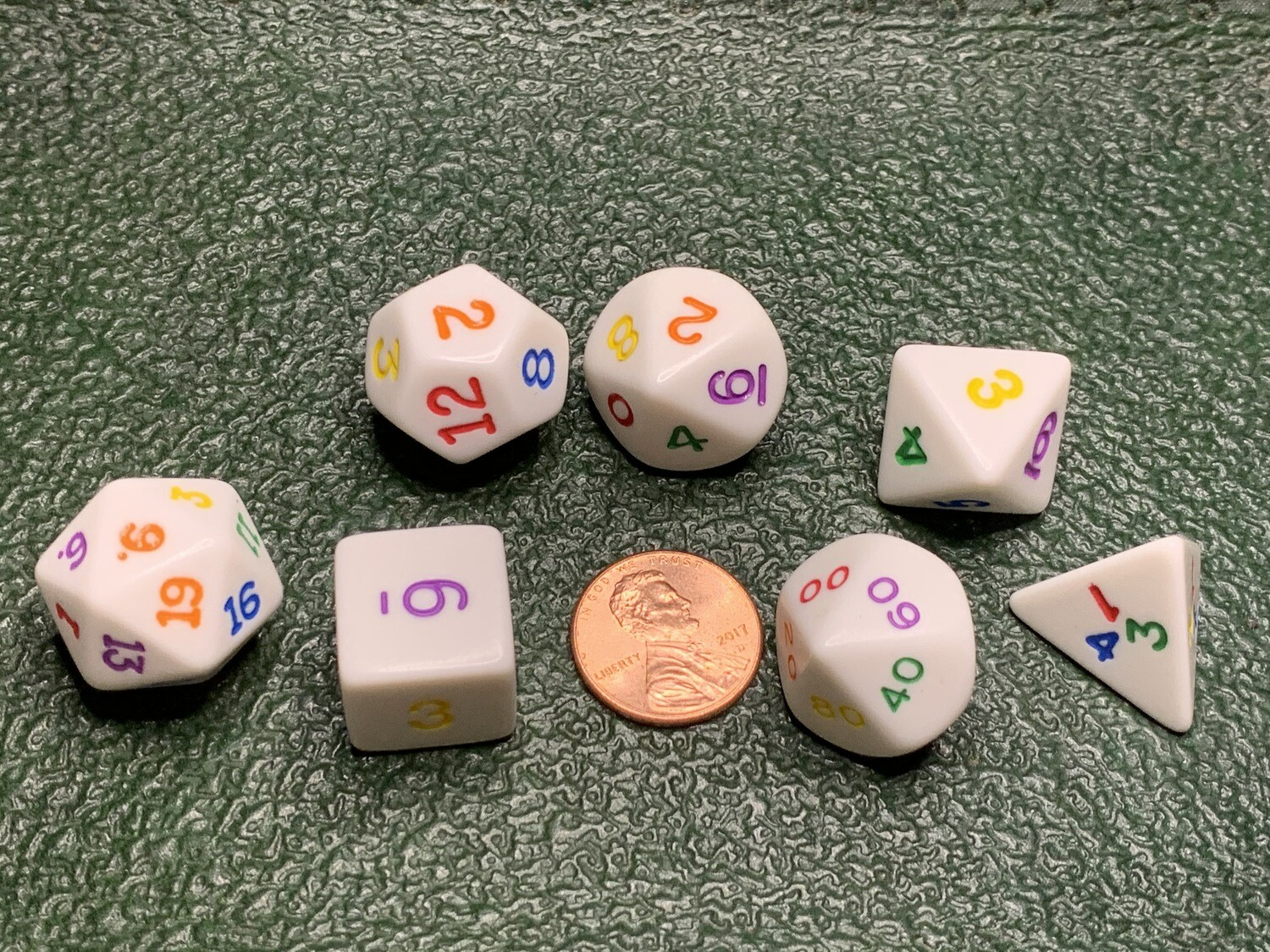 Rainbow 7 Dice Polyhedral Set RPG Tabletop Gaming Board Card Roleplay Roll