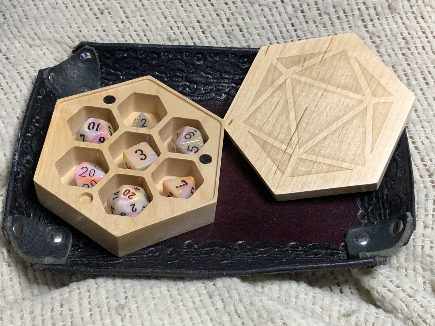 Maple Wood Hexagon Dice Case Polyhedral Gaming RPG Role Play - Maple Wood