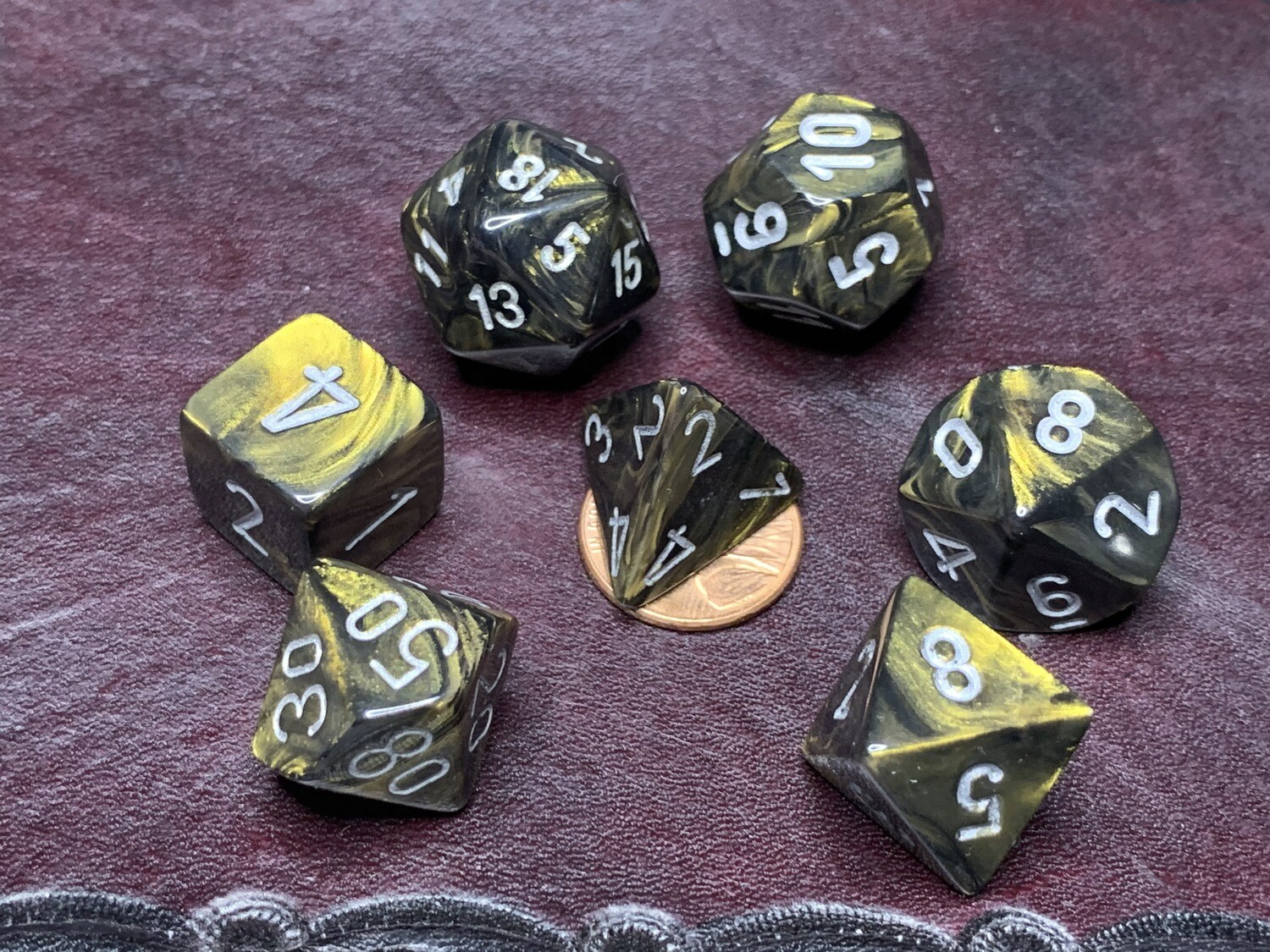 7 Die Dice Polyhedral Set - Chessex Leaf Black and Gold with Silver RPG Gaming