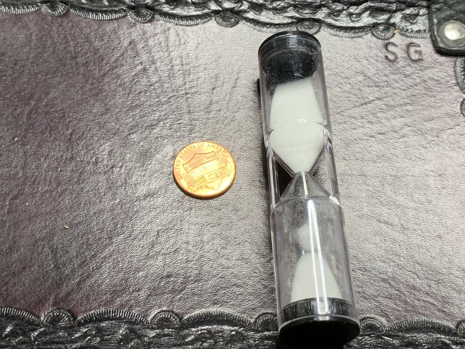 Hourglass 1 Minute, 60 Second Sand Timer Counter RPG Tabletop