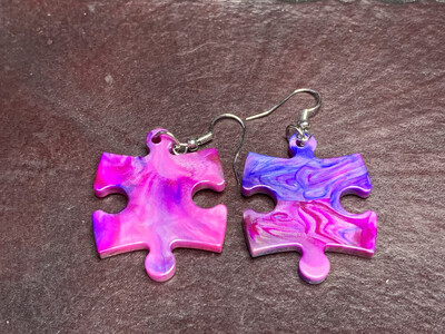 Puzzle Piece Puzzle Earrings - Chessex Dice Style Festive - Purple & Magenta