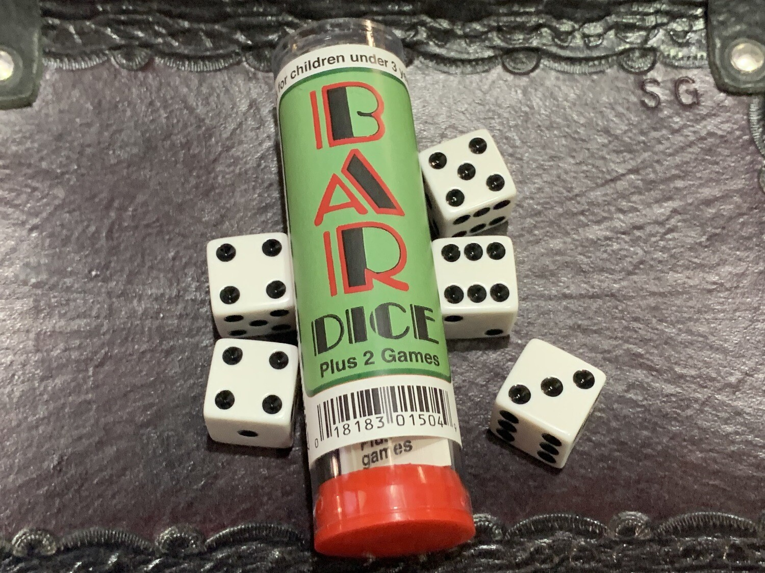 Bar Dice Game - Instructions with 5 Dice Tabletop Gaming D6 RPG Tabletop Games