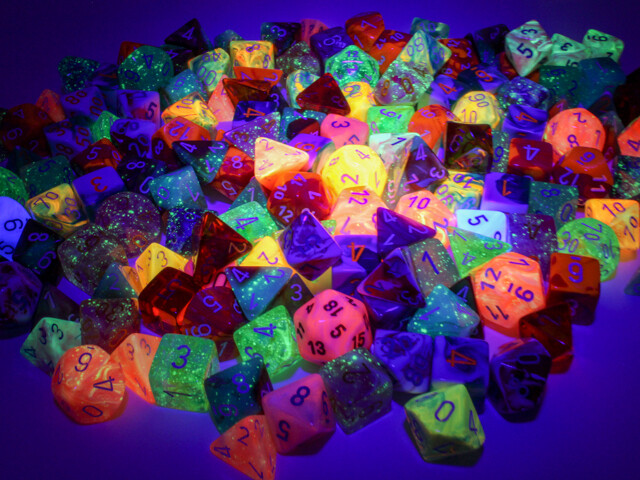150 Individual Loose Polyhedral Lab Dice - RPG Tabletop Gaming Board Card CCG Miniature Random Decision Maker Token Counter Marker Roll