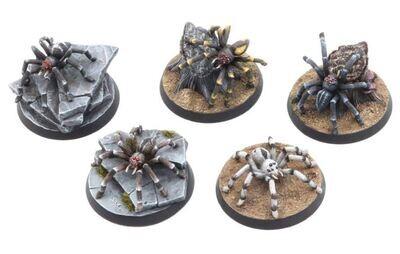 Giant Spiders Set (5) Models Miniatures Figures RPG Tabletop Roleplay Games