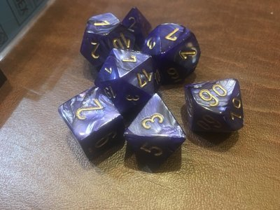 7 Die Dice Polyhedral Set - Scarab Royal Blue with Gold