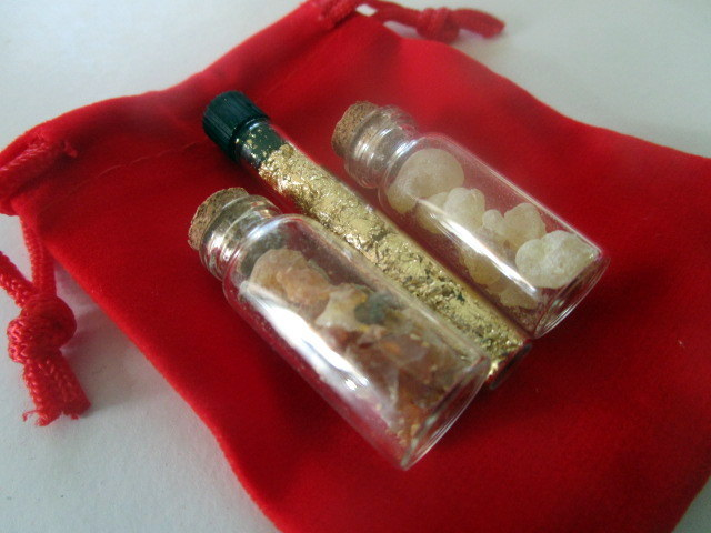 Gold, Frankincense, and Myrrh Set