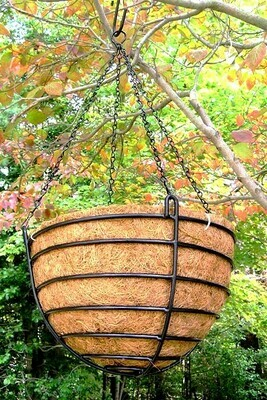 Wrought Iron Hanging Baskets w/Coco Liner