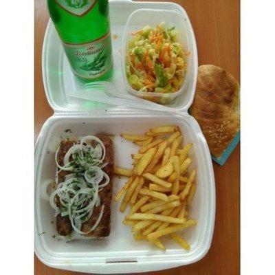 №2 люля говядина, картофель фри, лепешка, лимонад, салат витаминный