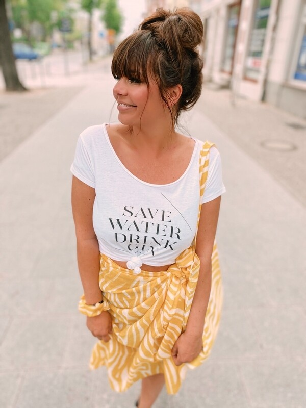 T-Shirt Save Water Drink Gin
