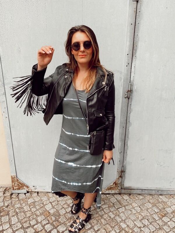 Dress Grey Batik