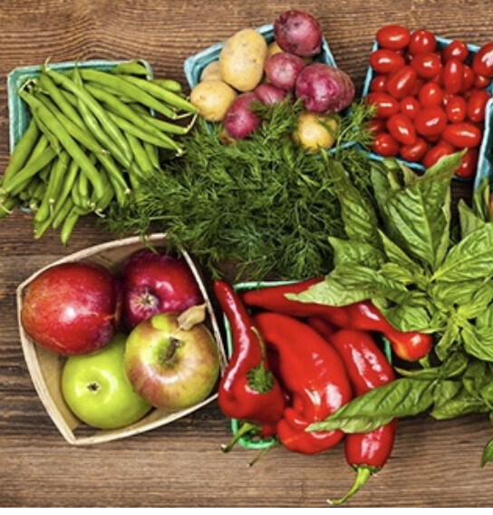 Deluxe Family Hamper Fruit, Vegetables And Salad