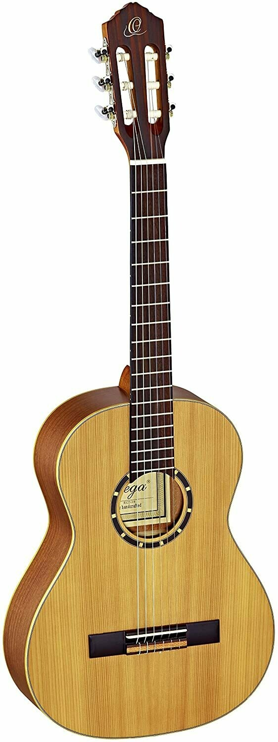 Ortega Guitars R122 - ¾ Size - 590mm - Cedar Top/Mahogany Body, Satin Finish with Gig Bag