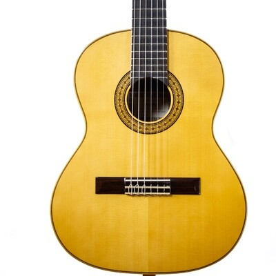 Estevé Requinto/Alto Guitar - 6.004 Solid Spruce top, Sapelly back/sides - Handmade in Valencia, Spain