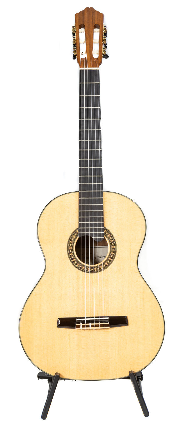 Calido CG 1650 - All Solid Wood Classical Guitar - Solid Spruce top, Solid Koa Back/Sides