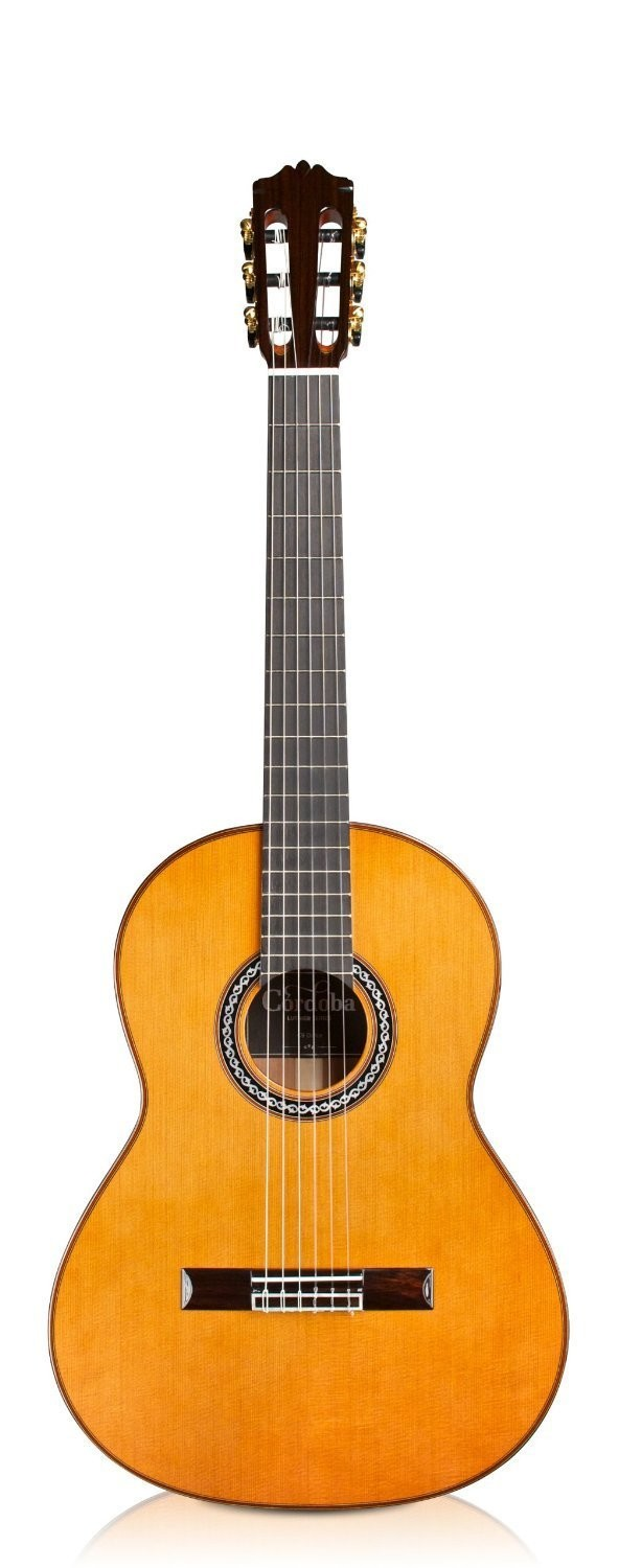 Cordoba C9 Parlor - ⅞ Size Guitar - 630mm Scale Length - Solid Cedar Top/ Solid Mahogany Back/Sides
