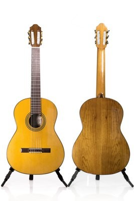 Francisco Navarro Solid Cedar Top - Student Model Classical Guitar - 650mm
