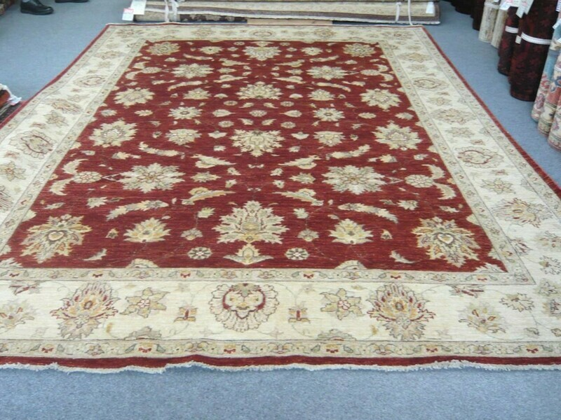 Pakistan Natural Dyed Rug Half Price Sold.