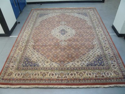 Indian Chakhari Rug Rust/Cream