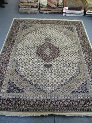 Indian Chakhari Rug Cream/Red