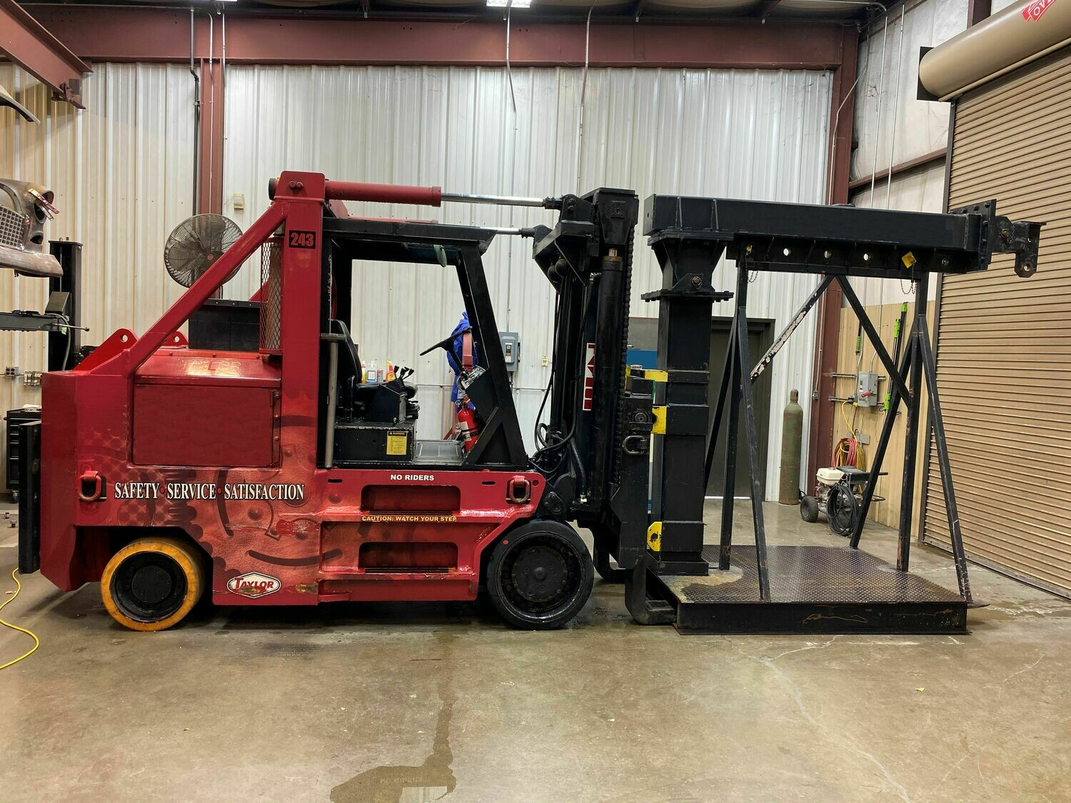 15 Ton Taylor Forklift For Sale