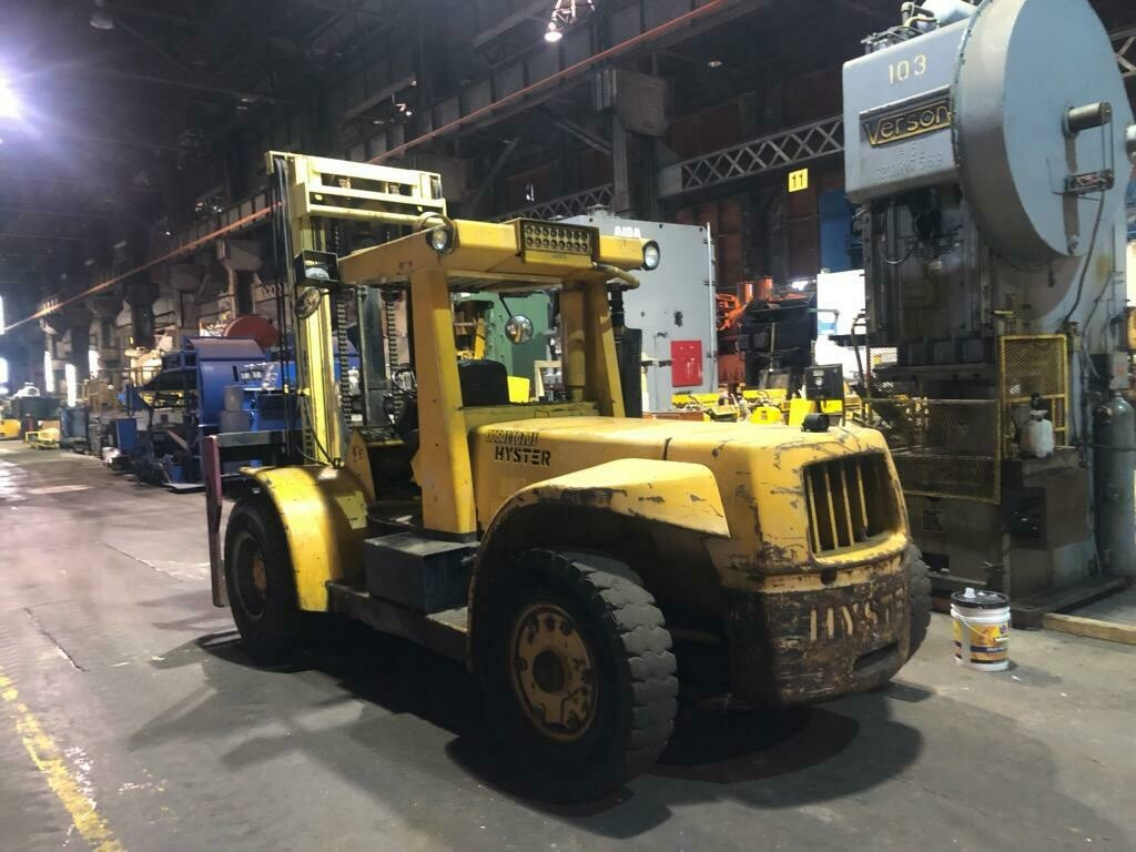 25,000 lb Hyster Forklift For Sale