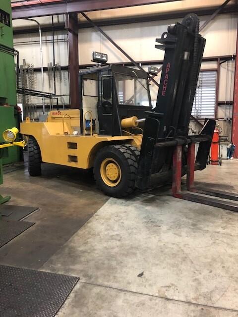 40,000 lb Apache Forklift For Sale