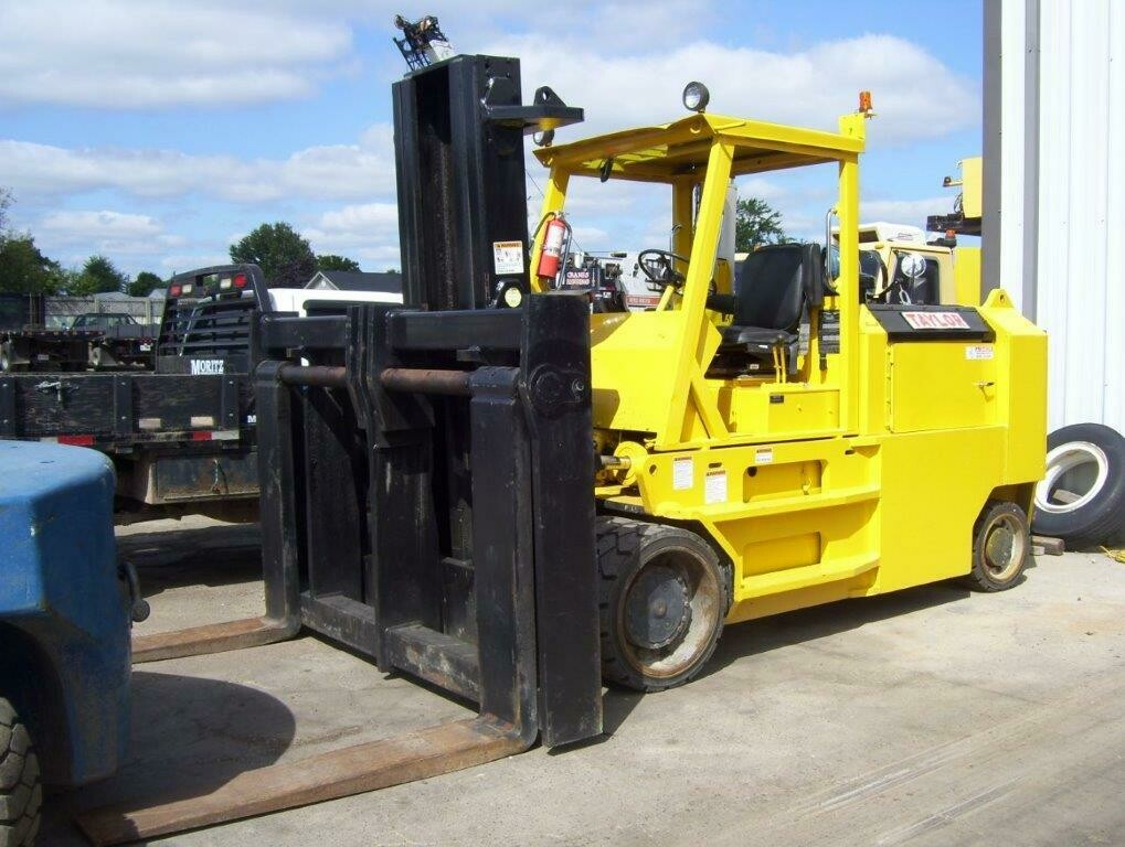 40,000 lbs Taylor Hard-Tire Forklift For Sale