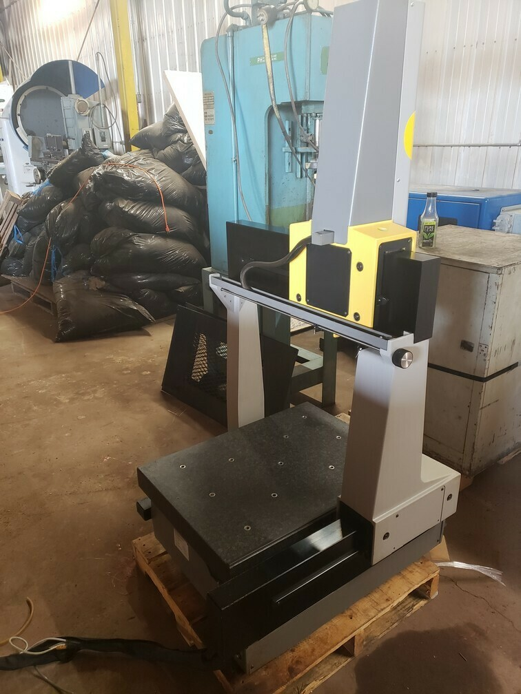 Brown and Sharpe CMM - Model Gage 2000 - For Sale