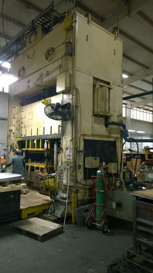 800 Ton Bliss Straight Side Metal Punch Press For Sale