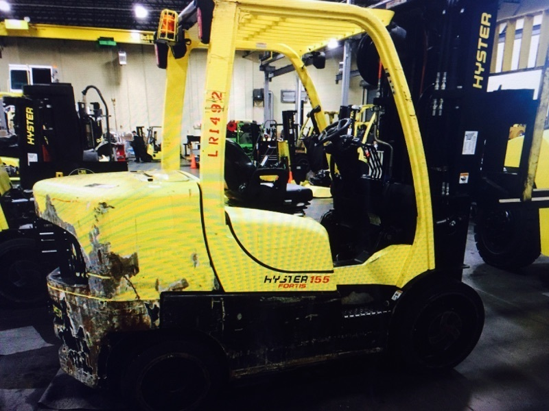 15,500lb Hyster S155 Forklift For Sale 7.75 Ton