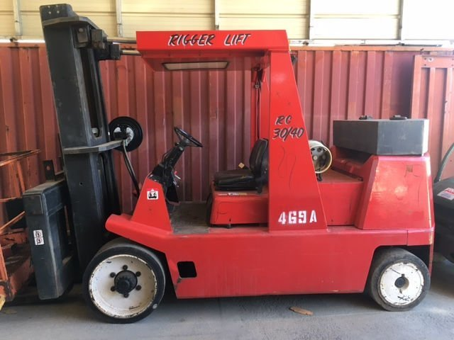 30,000lb to 40,000lb Rigger Lift Forklift For Sale 30/40 15/20 Ton