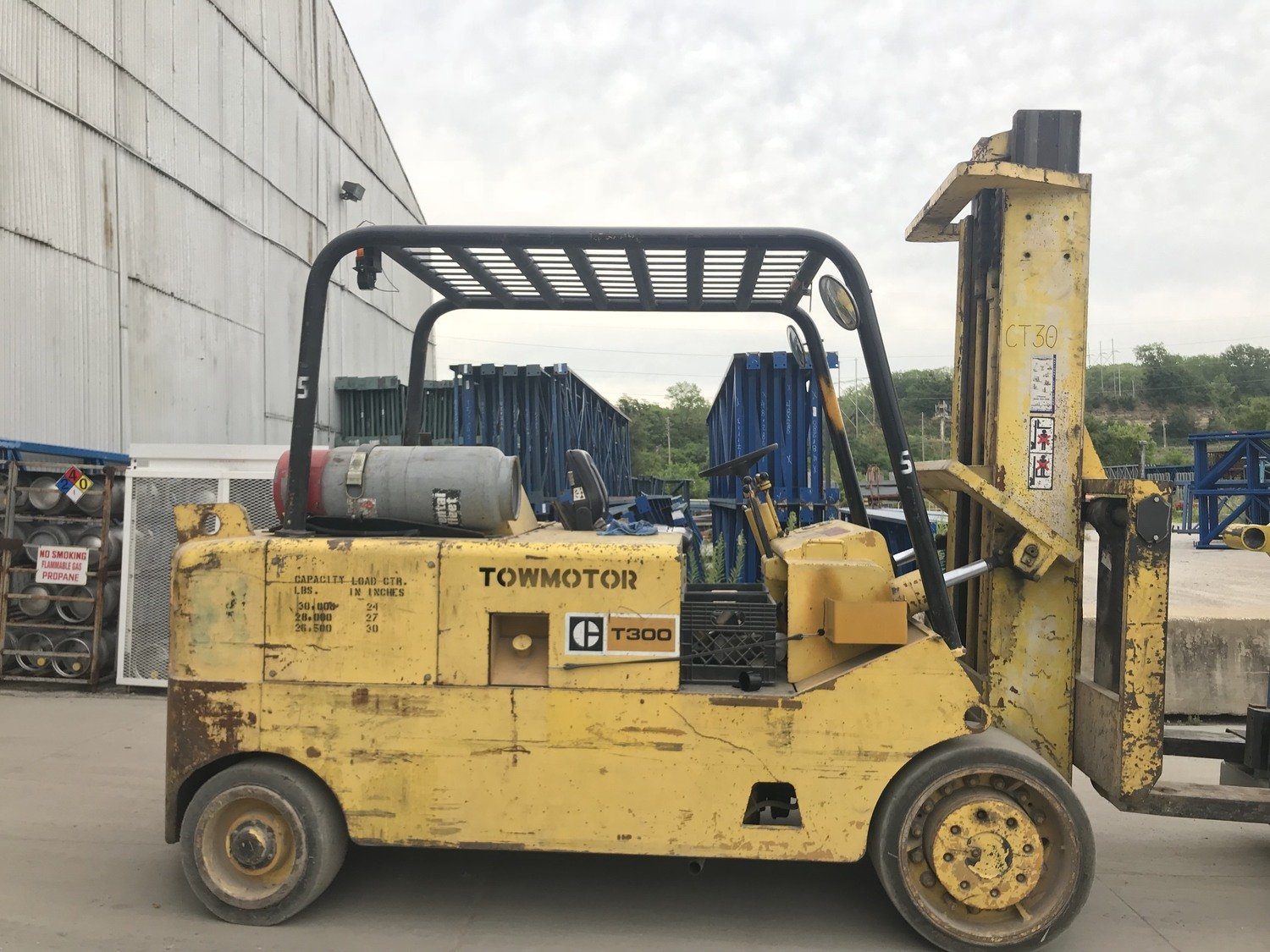 15 Ton Forklift For Sale CAT T300