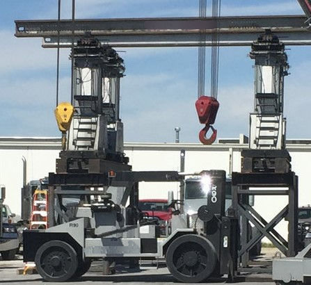 90,000lb Model R90 Rigger Lift For Sale
