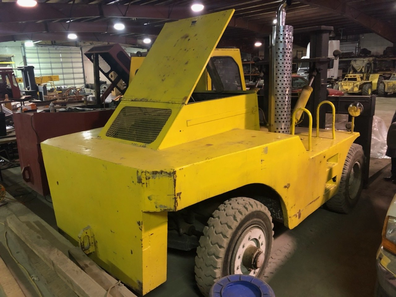 60,000lb Forklift For Sale Apache