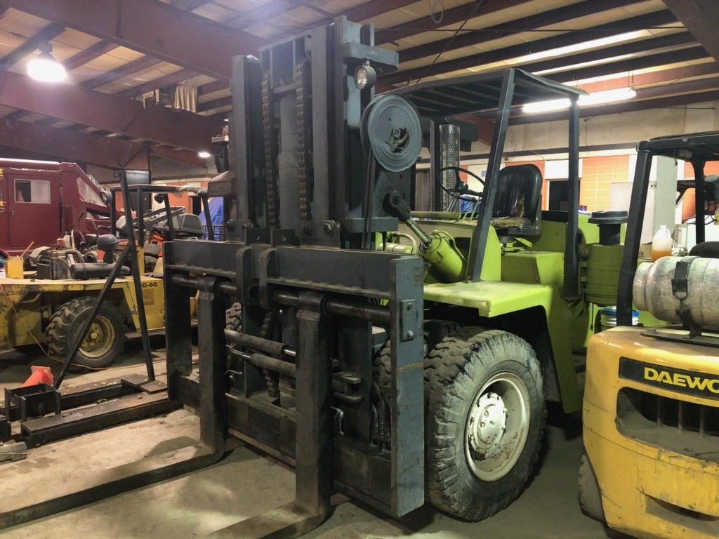 15 Ton Clark Forklift For Sale