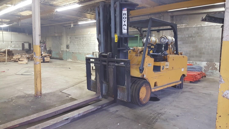 40,000lb Royal Forklift For Sale! 20 Ton